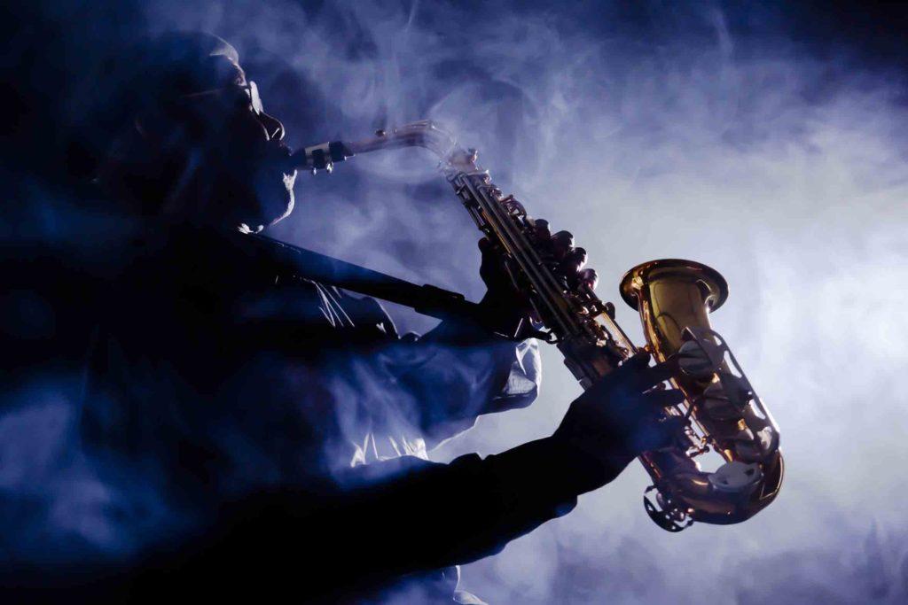 DJ-Plus-Saxophon